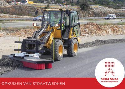snaf-snaf-industriele-snelveegborstel-opkuisen-van-steen-en-straatwerken